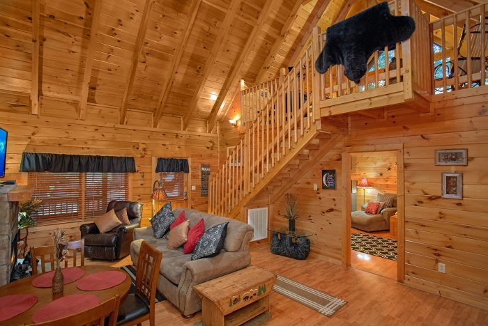 Pigeon Forge Cabin with Master on Main Level - Our Happy Place