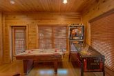 1 Bedroom Gatlinburg Cain with Large Game Room