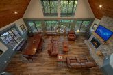Spacious 6 Bedroom Cabin with Pool