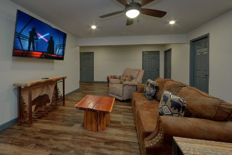 6 Bedroom Indoor Pool and Theater Room - Patriots Point Retreat