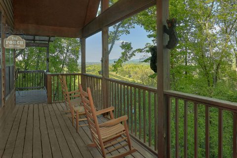 Covered Proch with Rocking Chairs 6 Bedroom - Patriots Point Retreat
