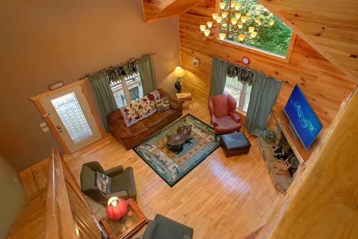 Pigeon Forge Cabin with Fireplace and TV - Pigeon Forge Hideaway