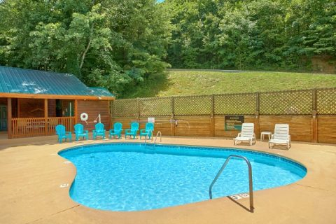 2 Bedroom Cabin with Resort Swimming Pool - Pleasant Hollow