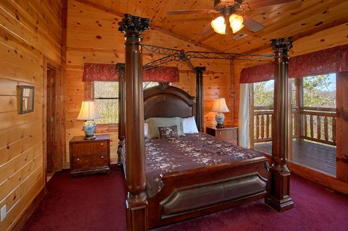6 Bedroom Cabin with 5 King Bedrooms Sleeps 24 - Pool and a View Lodge