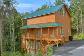 2 Bedroom 3 Story Indoor Pool Cabin Sleeps 6