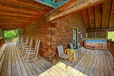 Beautiful Cabin with Spacious Deck