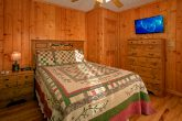 6 Bedroom Cabin Sleeps 16 in Hidden Springs