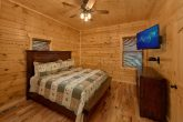 Cabin with Bedroom and Bath