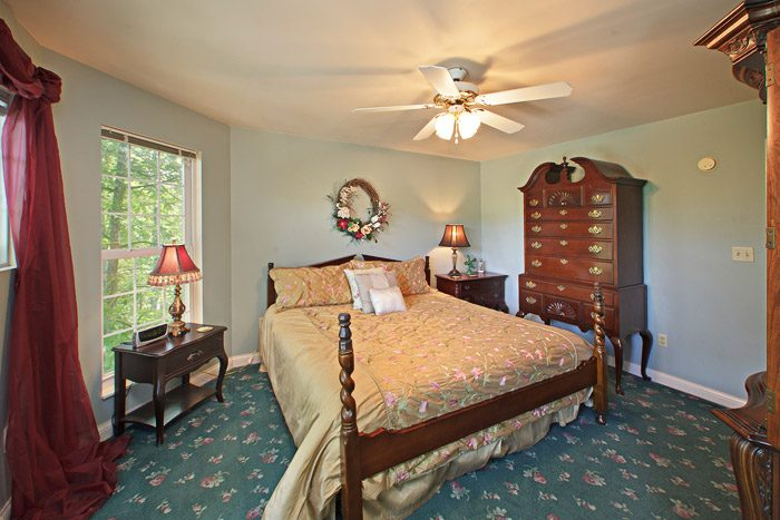 King Master Bedroom - Queen Margaret