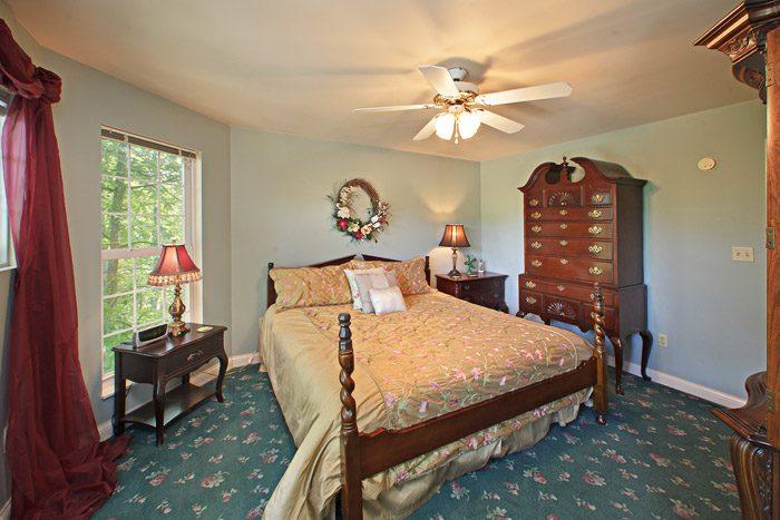 King Master Bedroom - Queen Margaret
