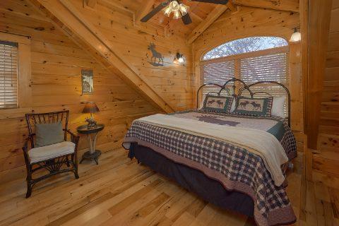 Gas Grill 6 Bedroom Cabin Sleeps 26 - Quiet Oak