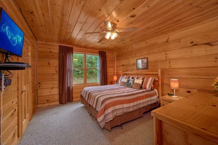 2 Bedroom Cabin with Spacious King Bedroom - Radiant Ridge