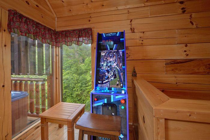 2 bedroom cabin with Pinball Arcade Game - Radiant Ridge