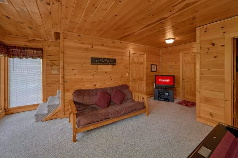 2 Bedroom Cabin with Game Room and Arcade - Radiant Ridge