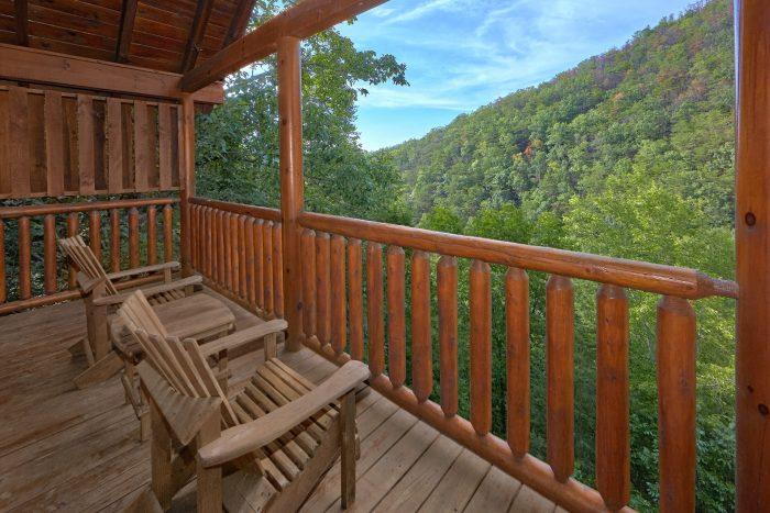 Cabin in Black Bear Ridge Resort with Views - Radiant Ridge