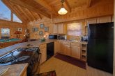 Beautiful 3 Bedroom Cabin Sleeps 8 Gatlinburg