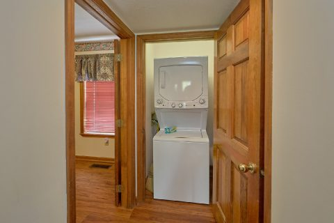 Wears Valley Cabin with Washer and Dryer - Rays Inn