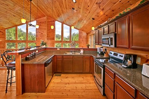 Cabin with Furnished Kitchen with Bar - Rest Assured