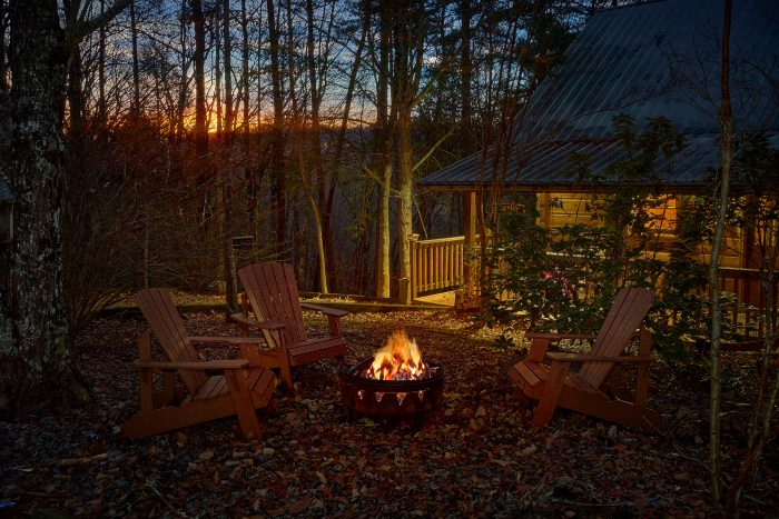 Restin Easy Cabin Rental Photo
