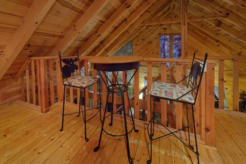 Open Loft with Pool Table 1 Bedroom Cabin - Restin Easy