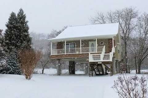 Pigeon Forge 2 Bedroom Vacation Home Sleep 4 - Rippling Waters