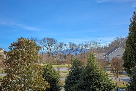 Pigeon Forge 2 Bedroom Cabin with Views - Rippling Waters