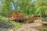 6 Bedroom Cabin Sleeps 20 On The River