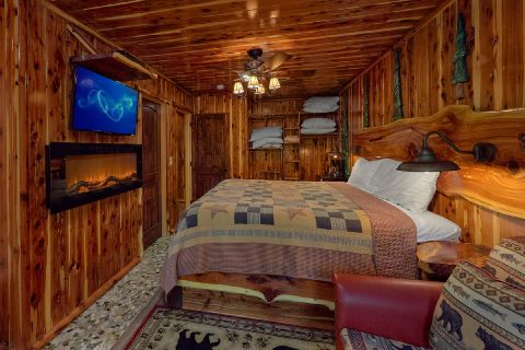 2 Bedroom 2 Story Cabin on the River - River Edge