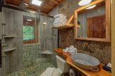 2 bedroom cabin with Private Master Bath