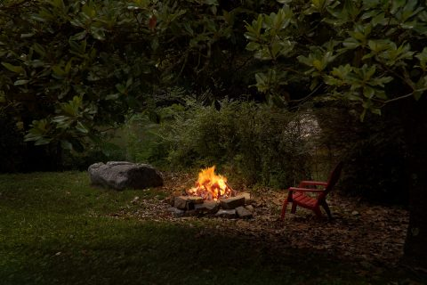 2 Bedroom Cabin on River with Fire Pit - River House