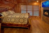 Spacious King Bedroom in 7 bedroom cabin