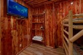 Twin Bunk bedroom with TV in 7 bedroom cabin