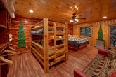 3 Bedroom cabin with a King Bed and Bunk Beds