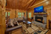 2 Bedroom Cabin with Fireplace and River View