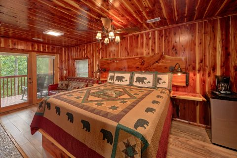 Premium 2 bedroom Cabin with King Master Suite - River Retreat