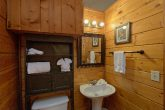 Full bathroom in Honeymoon cabin on the river