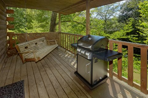 Cabin on the river with grill, hot tub and swing - River Rush