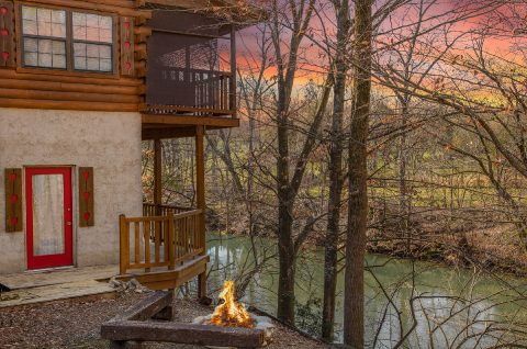 Cabin with Fire Pit - River Rush