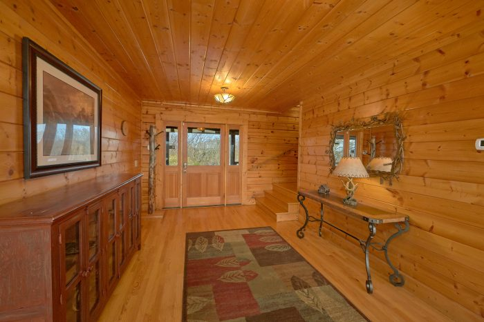 Premium 7 Bedroom Cabin with 4 King Beds - Rocky Top Lodge