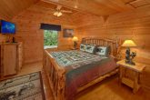 Luxurious Cabin with Private King Bedroom