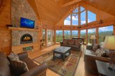 Premium 7 bedroom cabin with Stone Fireplace