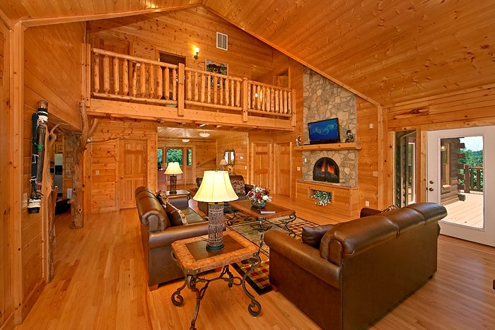 Premium Cabin Luxuriously Furnished & decorated - Rocky Top Lodge