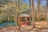 Cabin with Picnic Gazebo on the Creek