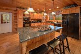 Gatlinburg Spacious 6 Bedroom Cabin Sleeps 20