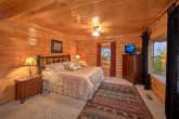 Royal Vista 6 Bedroom Cabin All King Beds