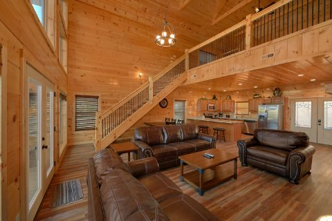 Cabin on the River with luxury furnishings - Rushing Waters