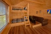 2 Bedroom cabin with Bunk Beds and game Loft