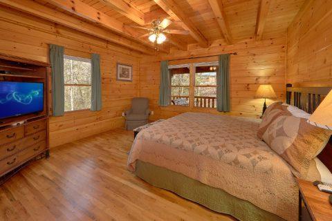 Large Main Level King Bedroom with Flatscreen TV - Sassy Lady