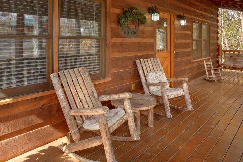 Premium 3 Bedroom Cabin Sleeps 8 - Sassy Lady