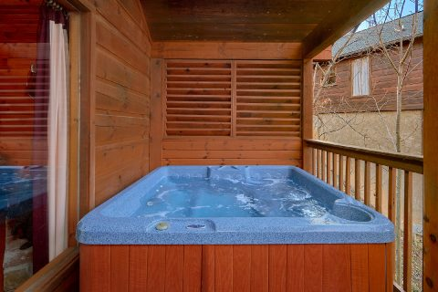 1 Bedroom 1 Bath 2 Story Cabin Sleeps 6 - Saw'n Logs